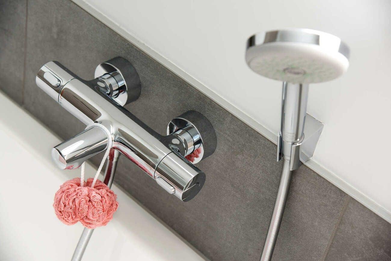 Je badkamer schoonmaken met oma's tips